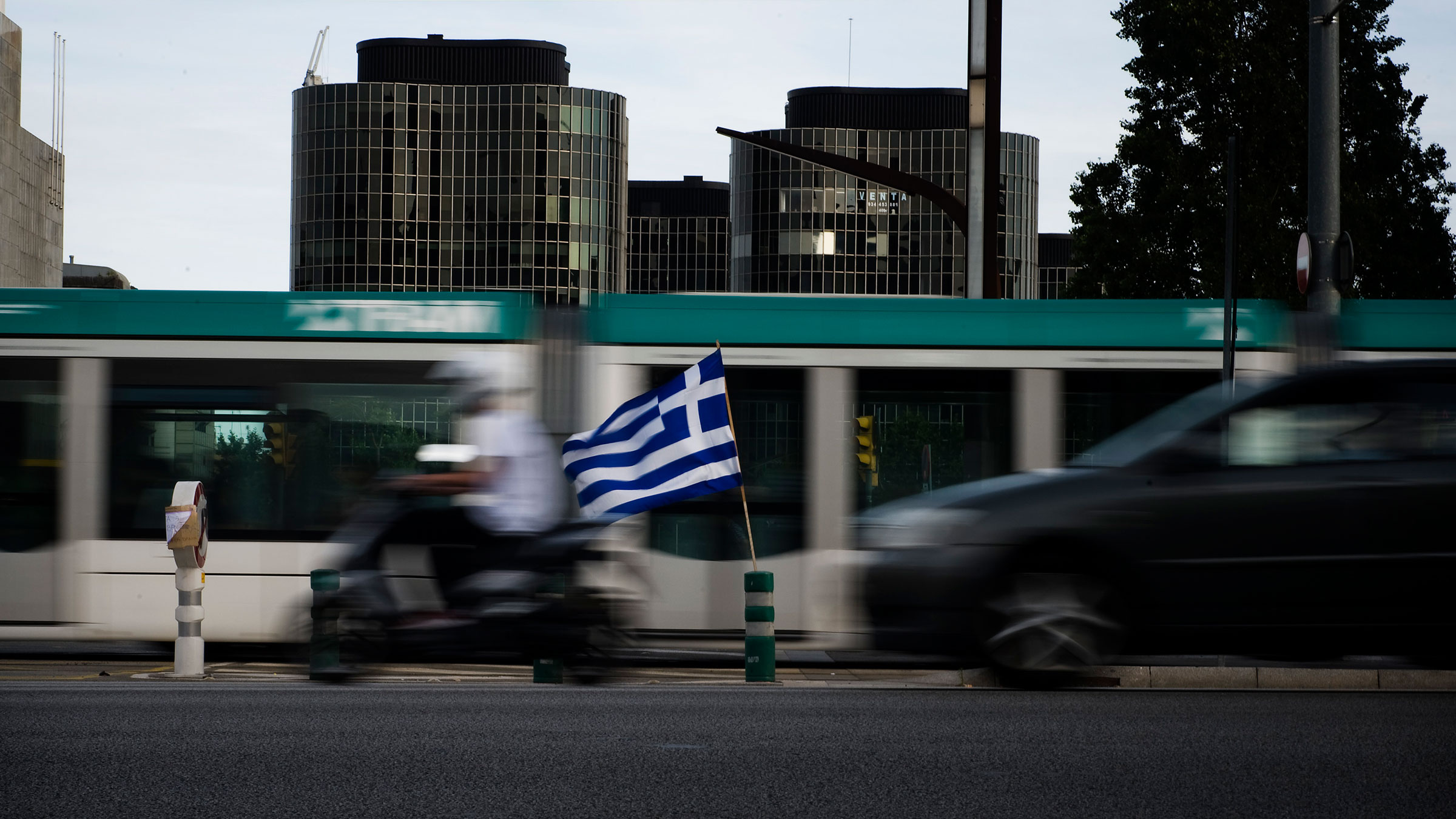 greek-flag-spain-9172012-web