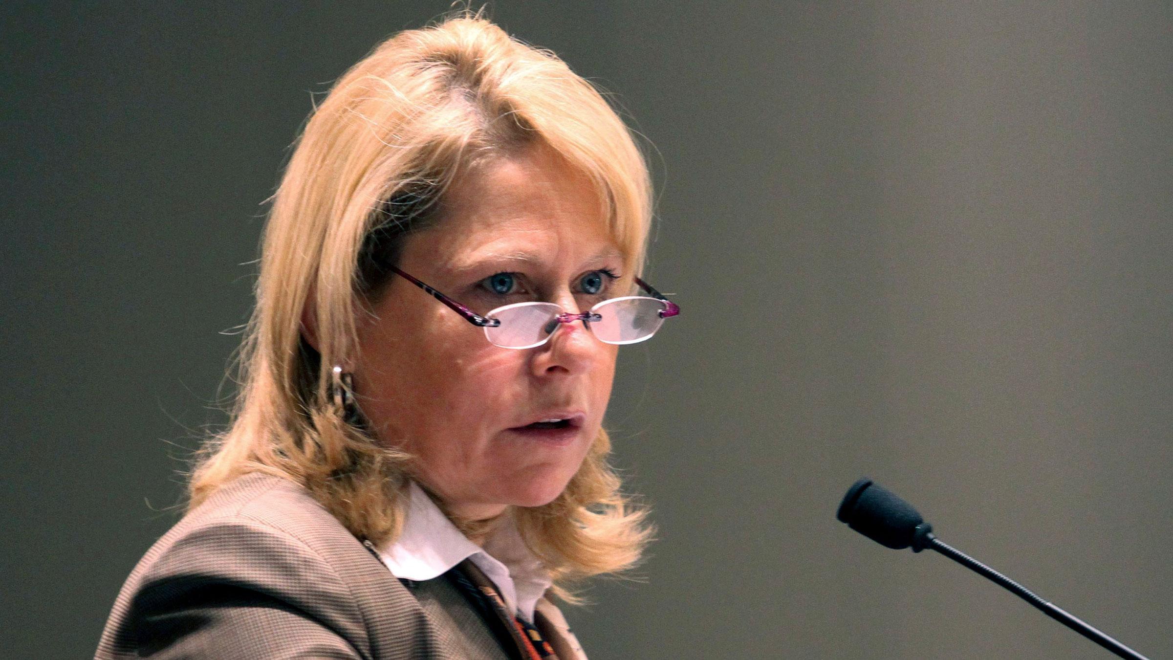 Cynthia Carroll 10262012