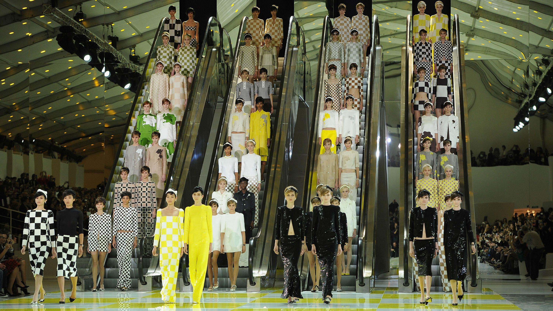 Louis Vuitton: Runway - Paris Fashion Week Womenswear Spring / Summer 2013