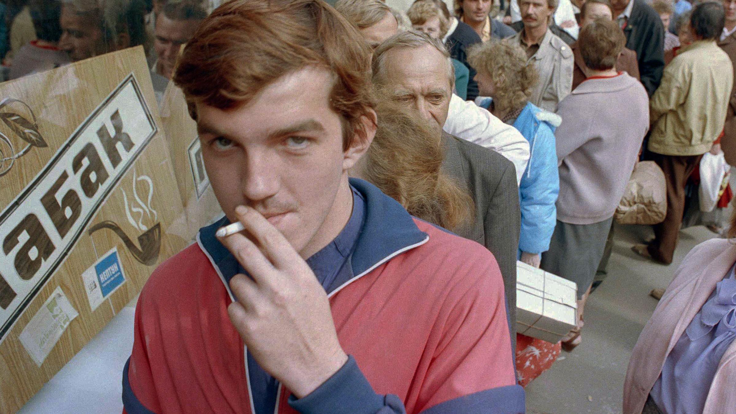 russia-smoking-10172012-web