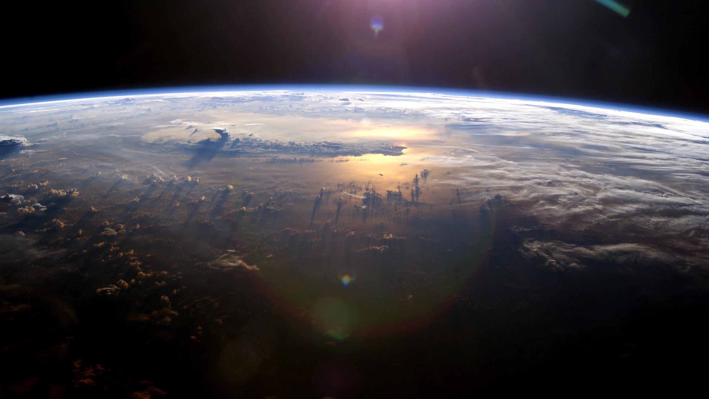 earth_2400