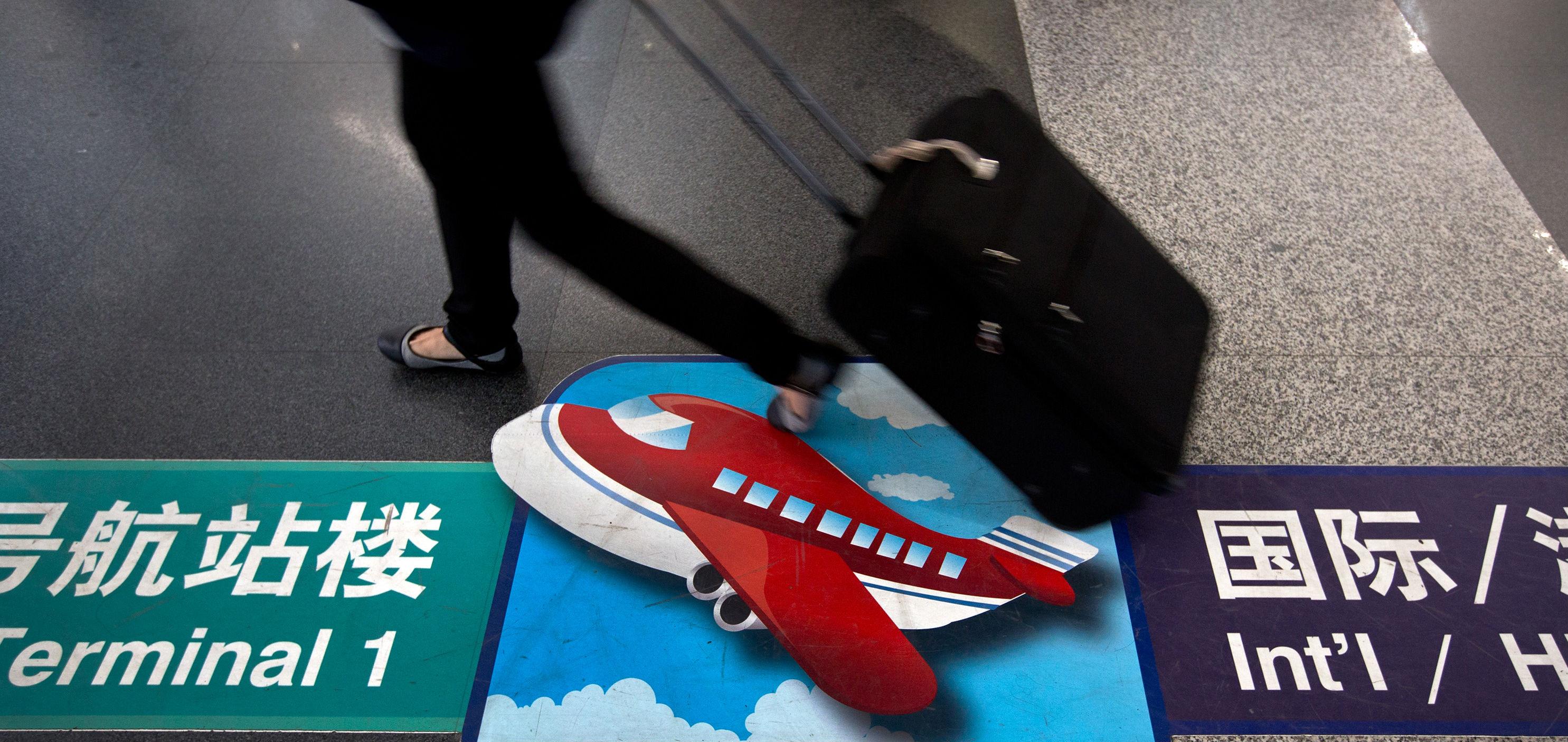 Chinese air traveler