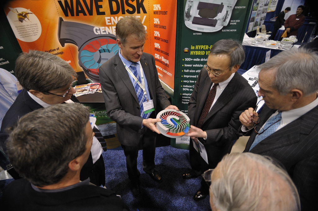 Chu examines a model of the wave disk engine.