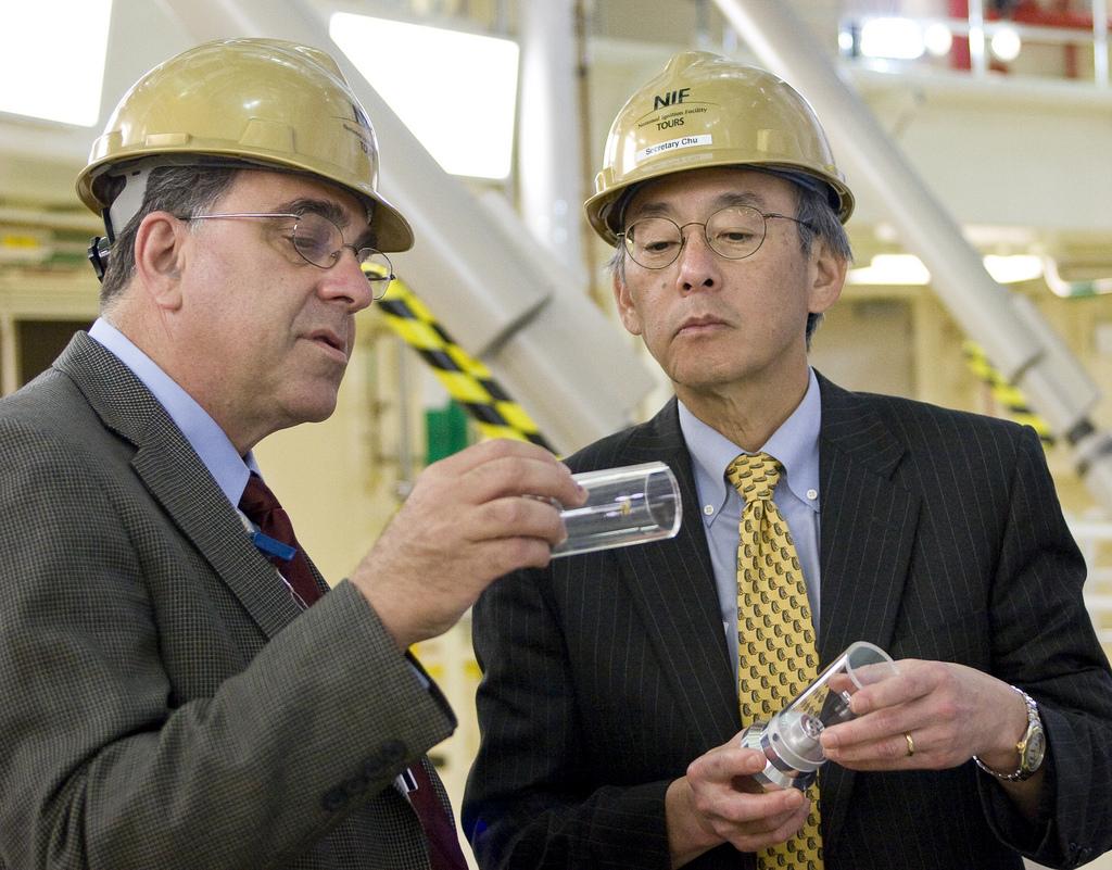 Secretary of Energy Chu's visit to the NIF at LLNL.