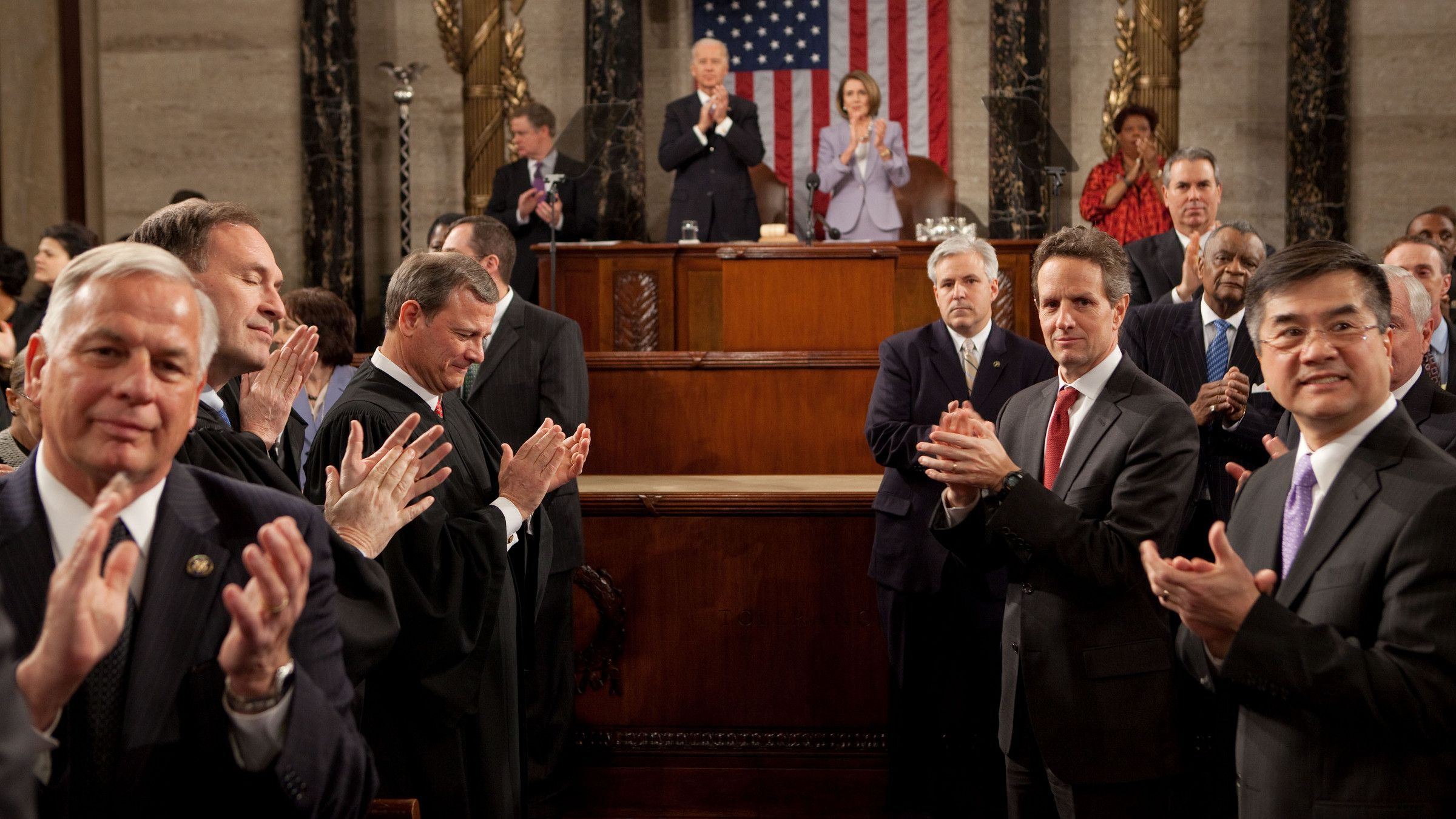 President Barack Obama gives his State of the Union address to a joint session of Congress in the House Chamber of the U.S. Capitol, Jan. 27, 2010.  (Official White House photo by Pete Souza)