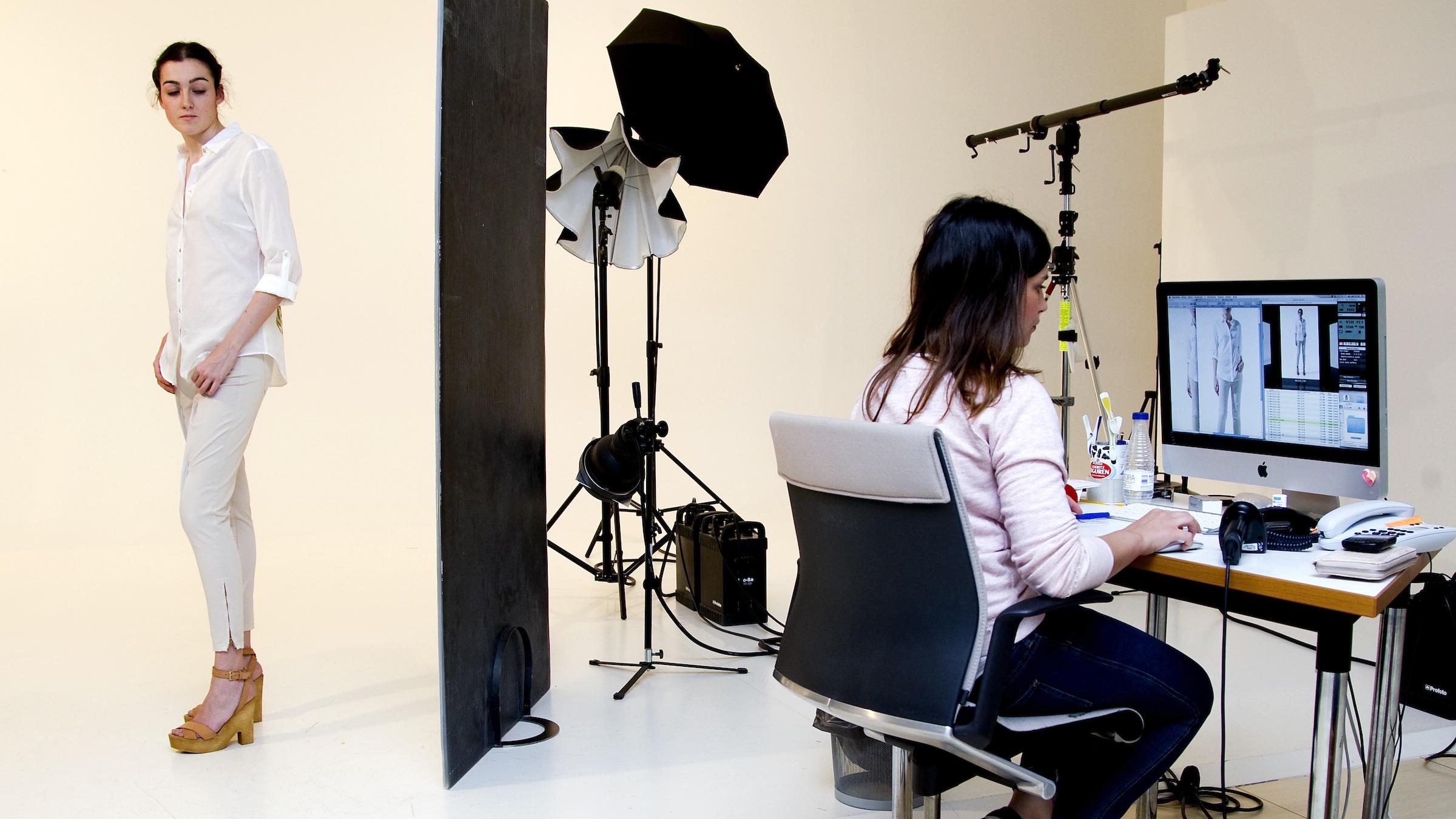 Zara Parent Inditex Risks Falling Out Of Fashion Quartz