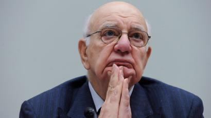 Former Federal Reserve Bank Chairman, and current White House economic adviser, Paul Volcker testifies on Capitol Hill in Washington, Thursday, Sept. 24, 2009, before the House Financial Services Committee hearing.