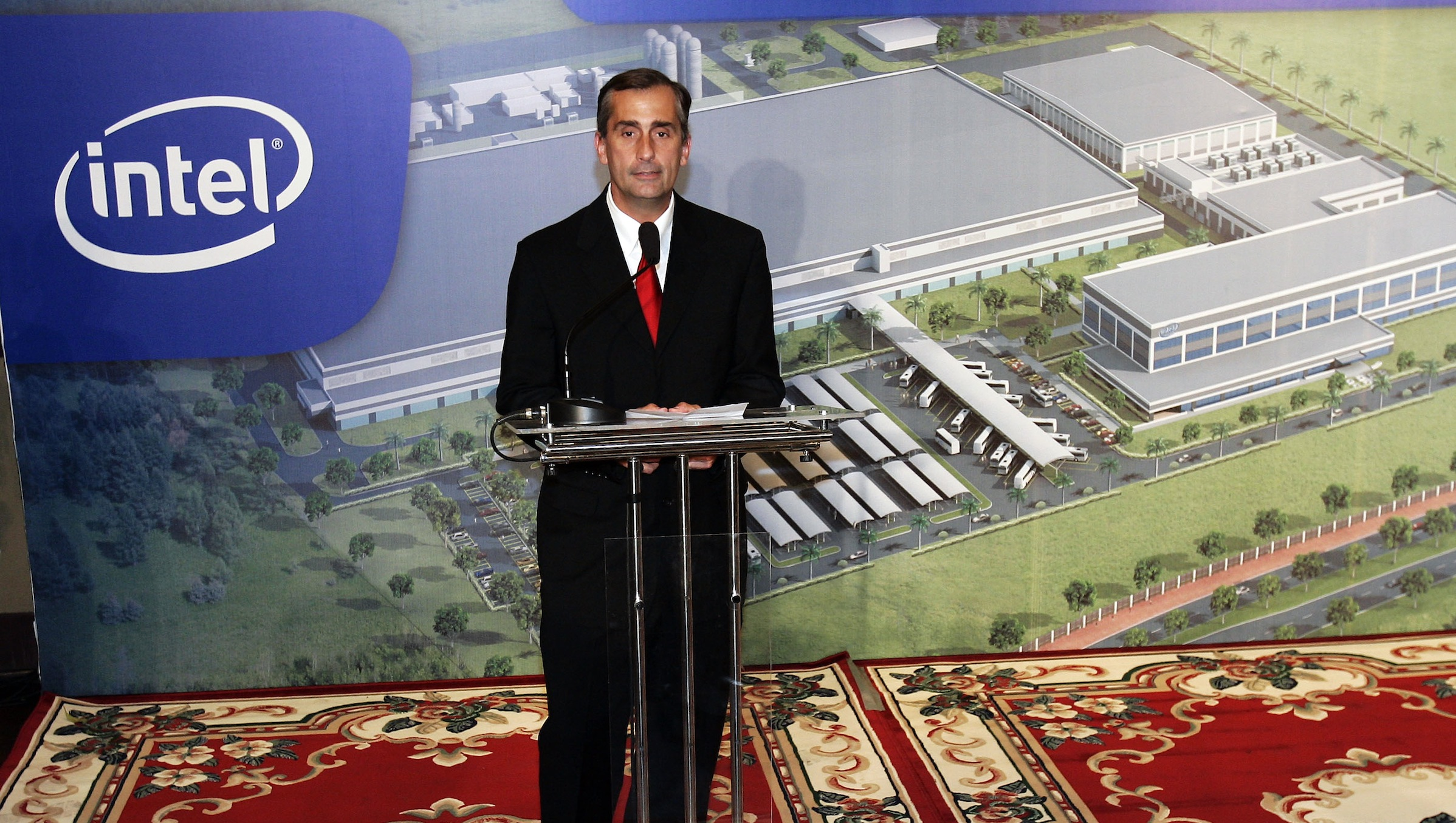 Brian Krzanich, Vice President and General Manager of Assembly/Test for Intel Corporation addresses the media during a news conference, Friday, Nov. 10. 2006, in Ho Chi Minh City, Vietnam. Intel Corp. could have selected any country to build its largest chip assembly and testing plant. But the world's biggest computer chipmaker decided to make the $1 billion investment in a relative newcomer to the high-tech game, Vietnam.  (AP Photo/David Longstreath)