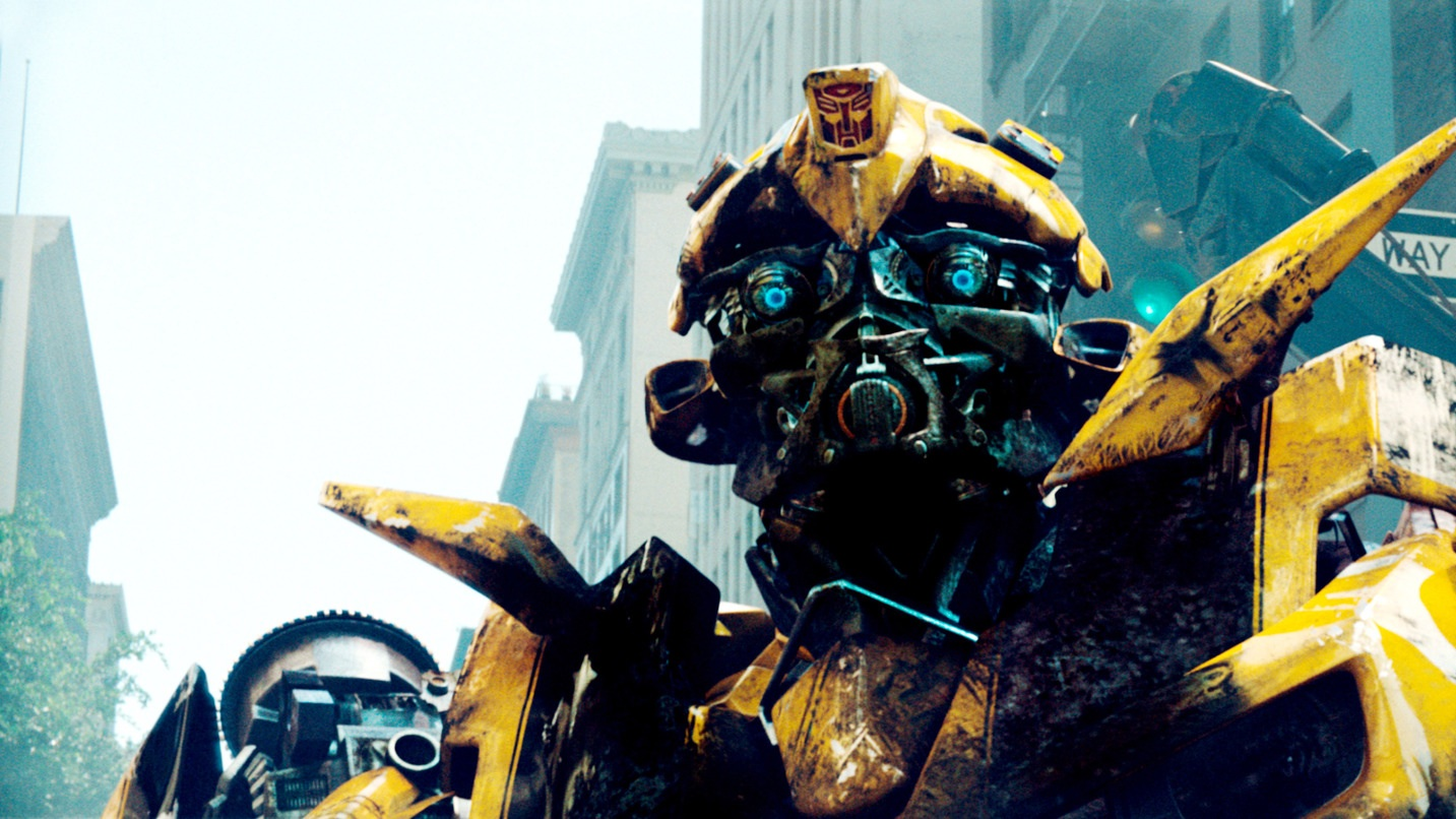 TRANSFORMERS, Bumblebee, 2007. ©Paramount/courtesy Everett Collection