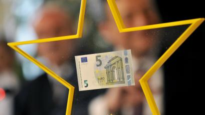 euro currency star