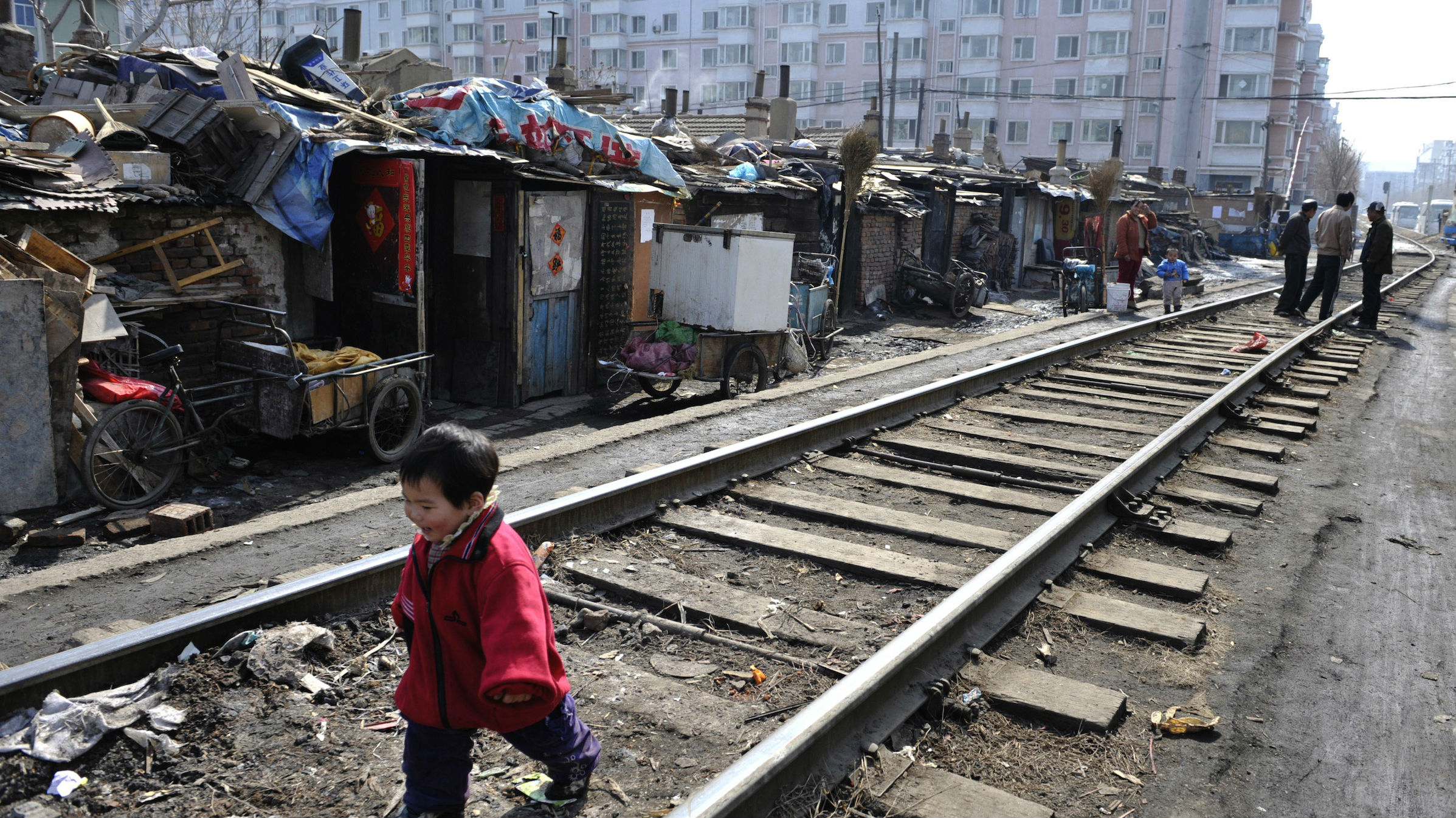 china migrant worker shantytown web