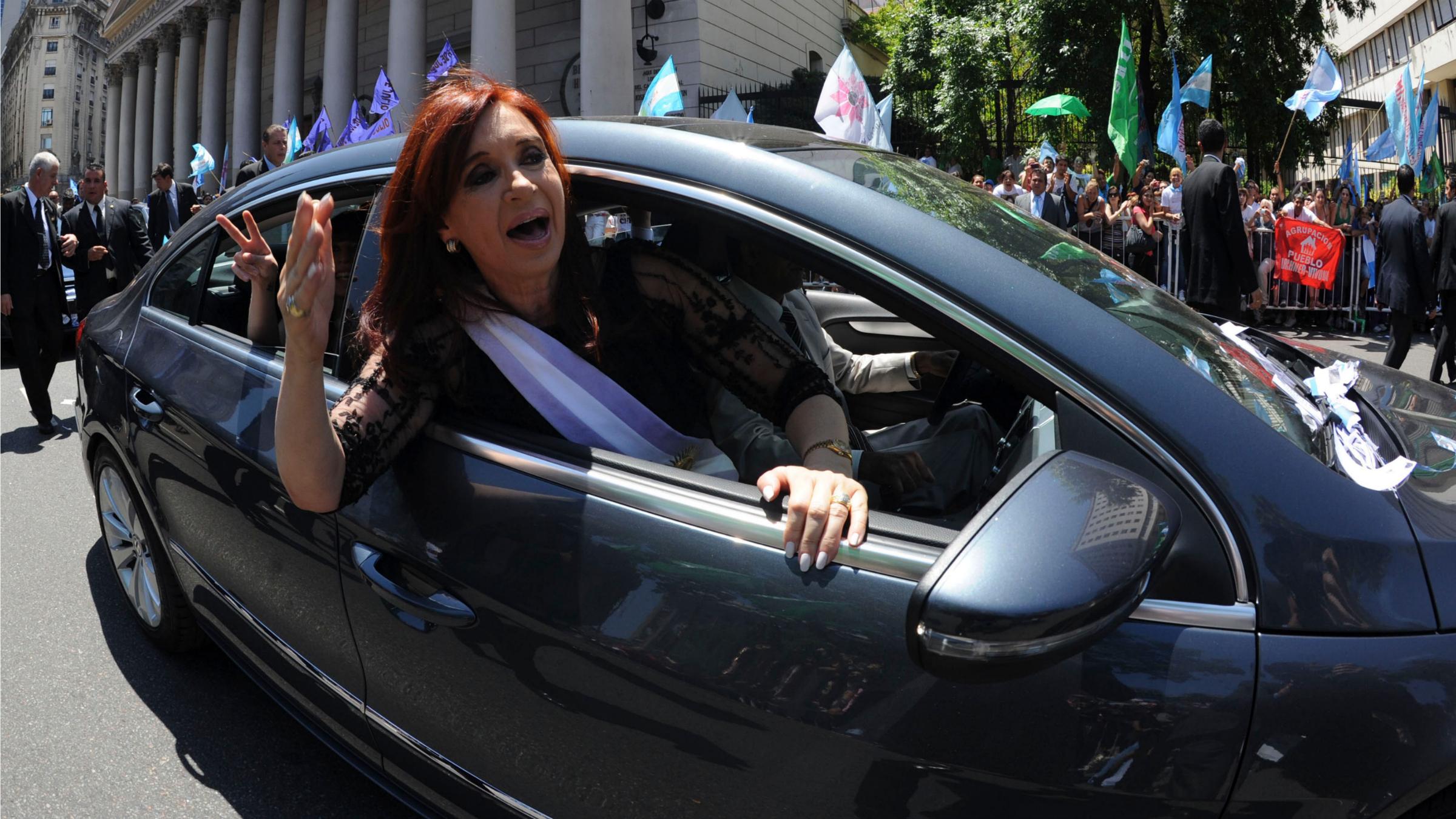 Cristina Kirchner in car