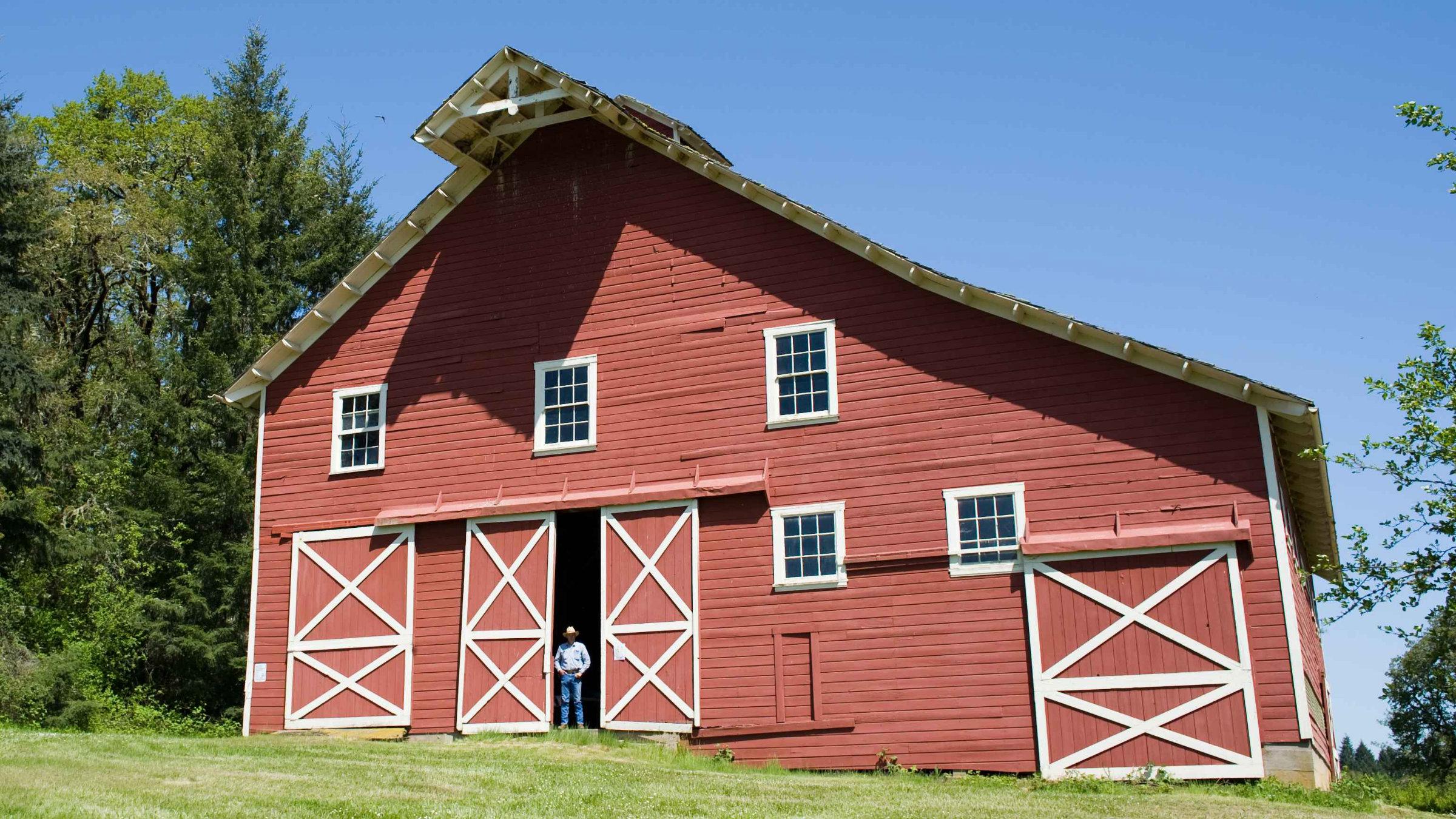 Nice_red_barn