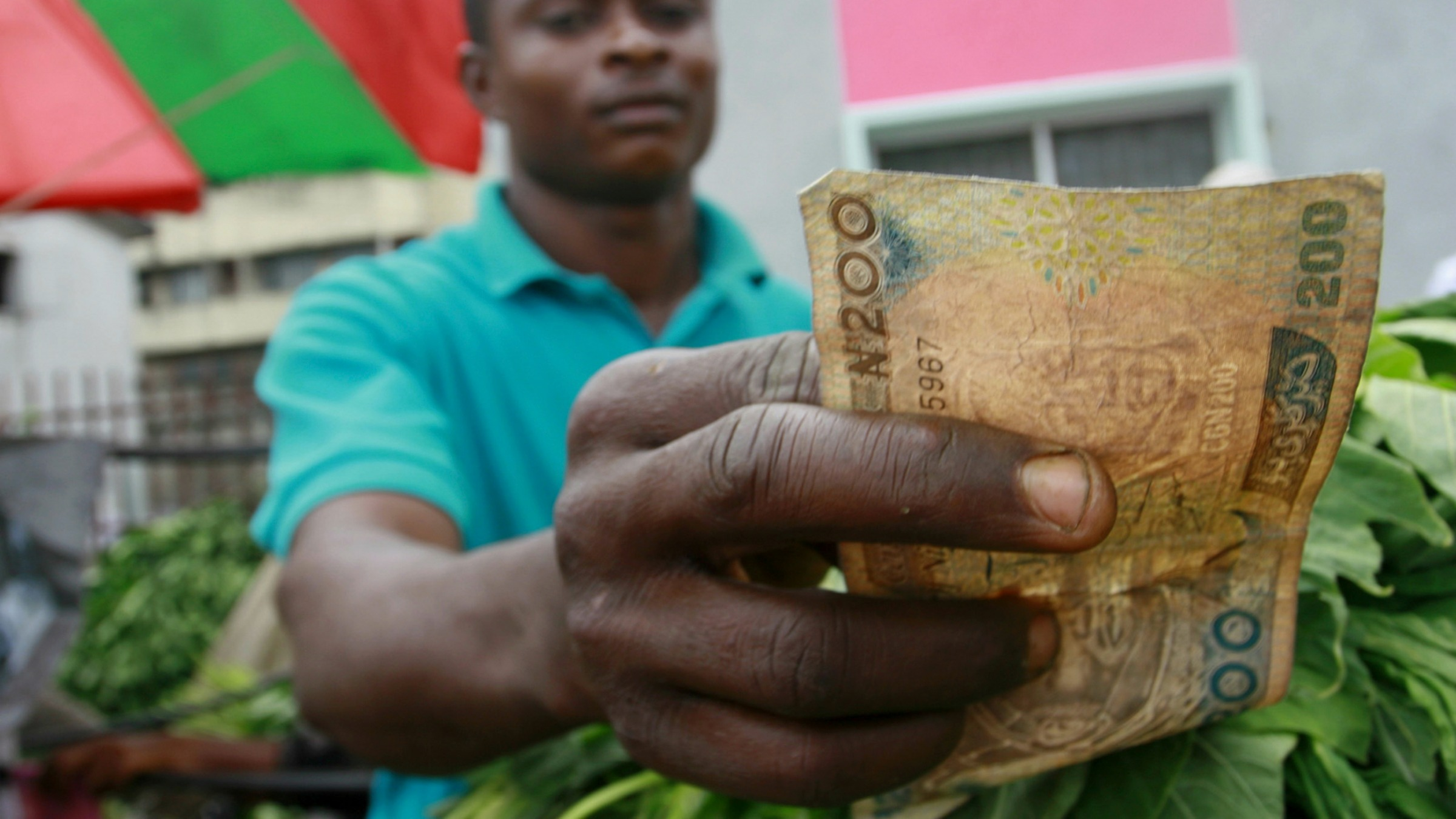 One Upside Of Nigeria S Dollar Shortage Le Like Facebook Will Now Accept The Naira