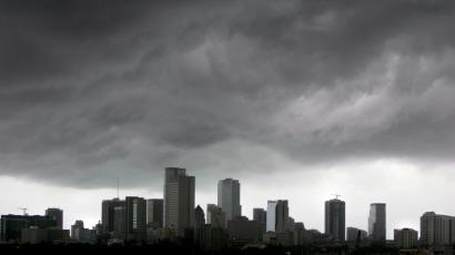 miami storm clouds global growth slowing