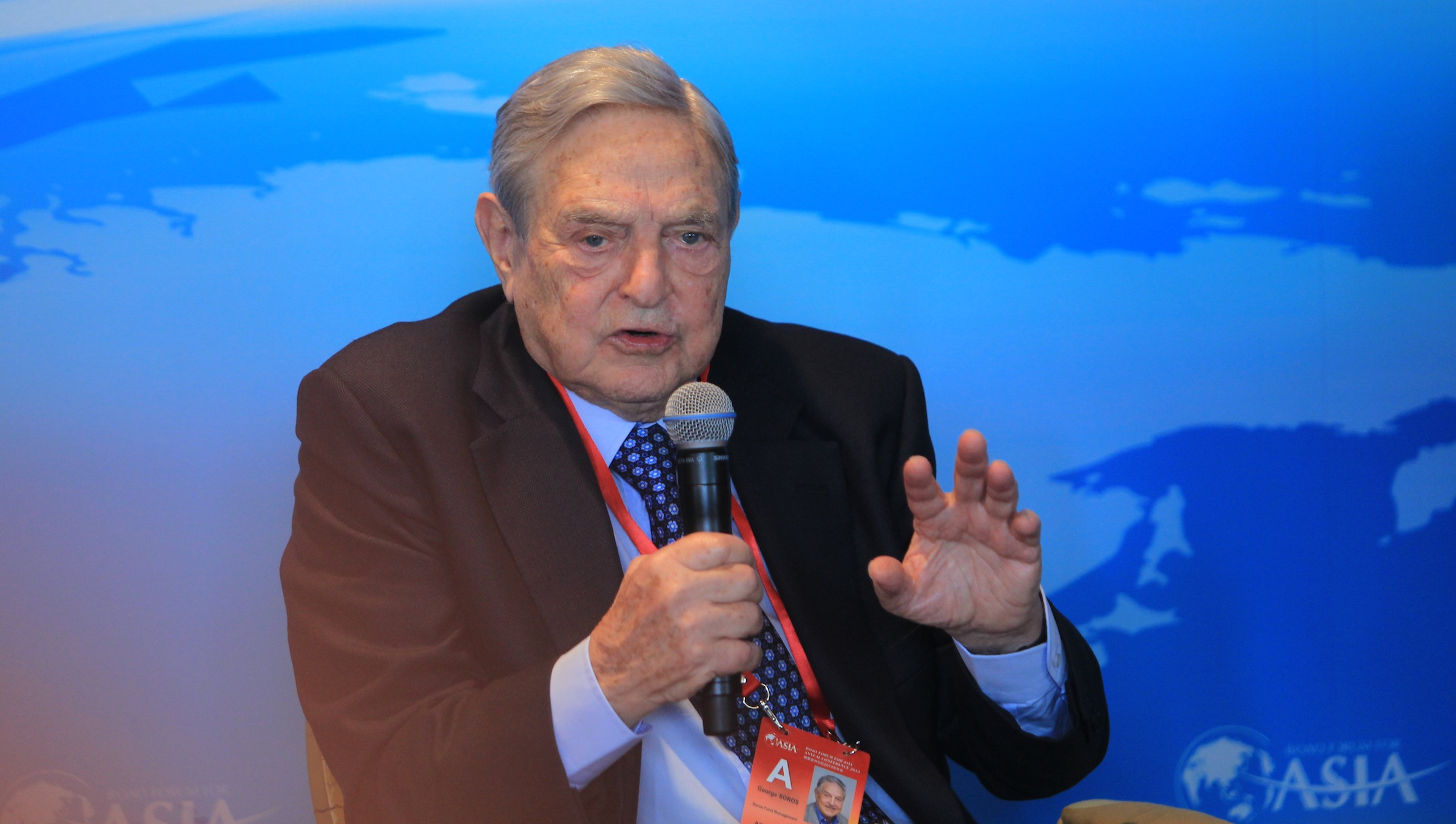 George Soros, chairman of Soros Fund Management and founder of The Open Society Institute, speaks at a sub-forum during the 2013 Boao Forum for Asia in Boao town, Qionghai city, south Chinas Hainan province, 8 April 2013.   The outlook for Chinas economic transformation is hopeful, and its new leadership has been aware of the need to make the transition, said Gorge Soros, the retired chairman of Soros Fund Management and founder of Quantum Fund in a recent interview with Xinhua. I think the initial signs (of the new leaderships financial policies) are very encouraging, he said, adding he is optimistic and China has been at the forefront of economic planning. Chinas 12th Five-Year Plan (2011- 2015) made a turning point in the countrys growth model, steering the economy away from export and investment-led growth to boost domestic consumption. It is going to be a very difficult transformation, Soros said, adding the growth of household consumption taking one third of Chinas economy cannot make up for the slower growth in exports and investments, which account for two thirds of the economy. Therefore, the overall growth rate will have to be significantly slower than it has been up to now. That is a very important point. He said the more than 10 percent rapid economic growth is unlikely to recur in the more mature phase that China is entering today. Soros said the existing model has produced positive results, and Chinese government has quite substantially accumulated reserves, such as the foreign reserve, that give them the need to correct shortcomings. On the whole, I think the outlook (for Chinas economic transformation) is hopeful, he said.