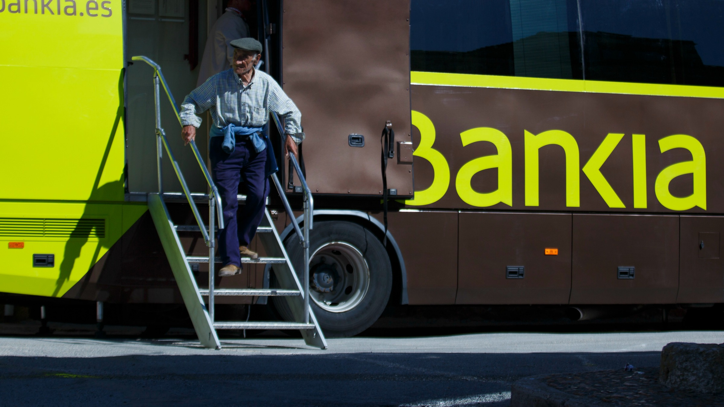 Bankia bank bus