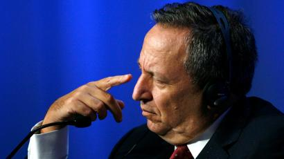 Former Harvard University President Lawrence H. Summers gestures as he attends a session at the World Economic Forum (WEF) in Davos January 26, 2008.