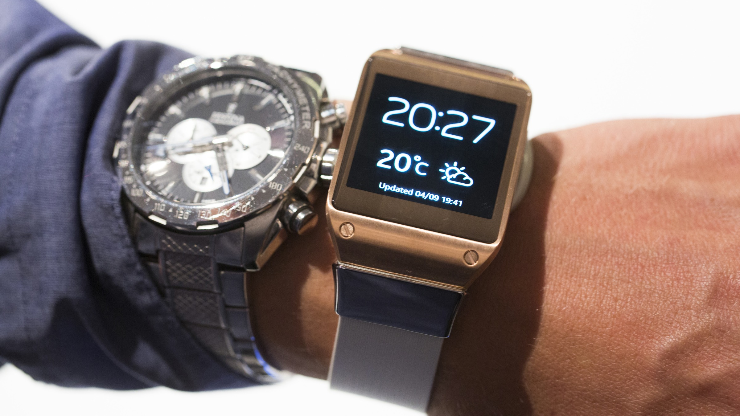 Apple and Samsung's smartwatches are going to be way too ...