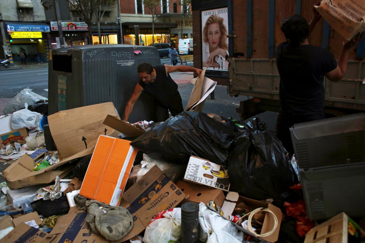 Madrid Street Cleaner Strike 1