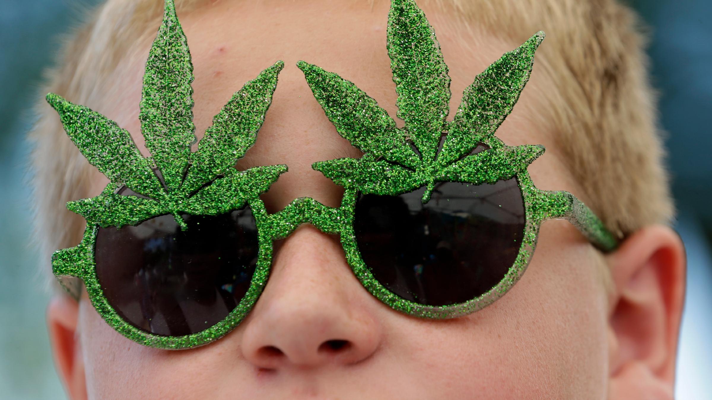 Marijuana sunglasses