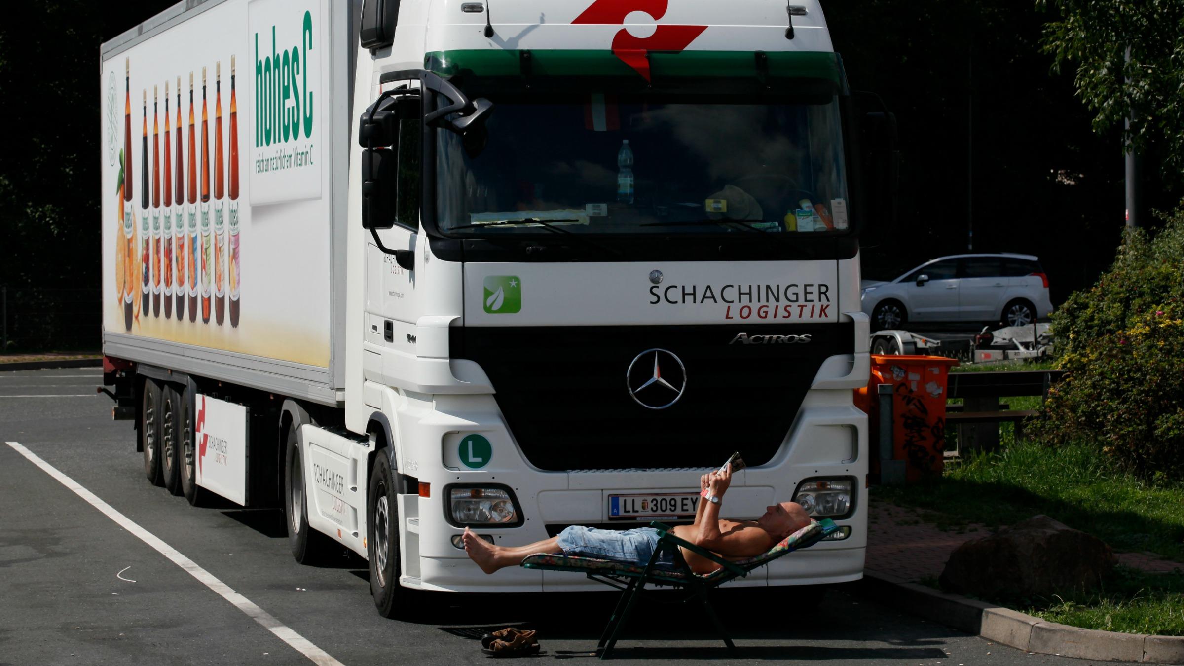 Reuters-Trucking