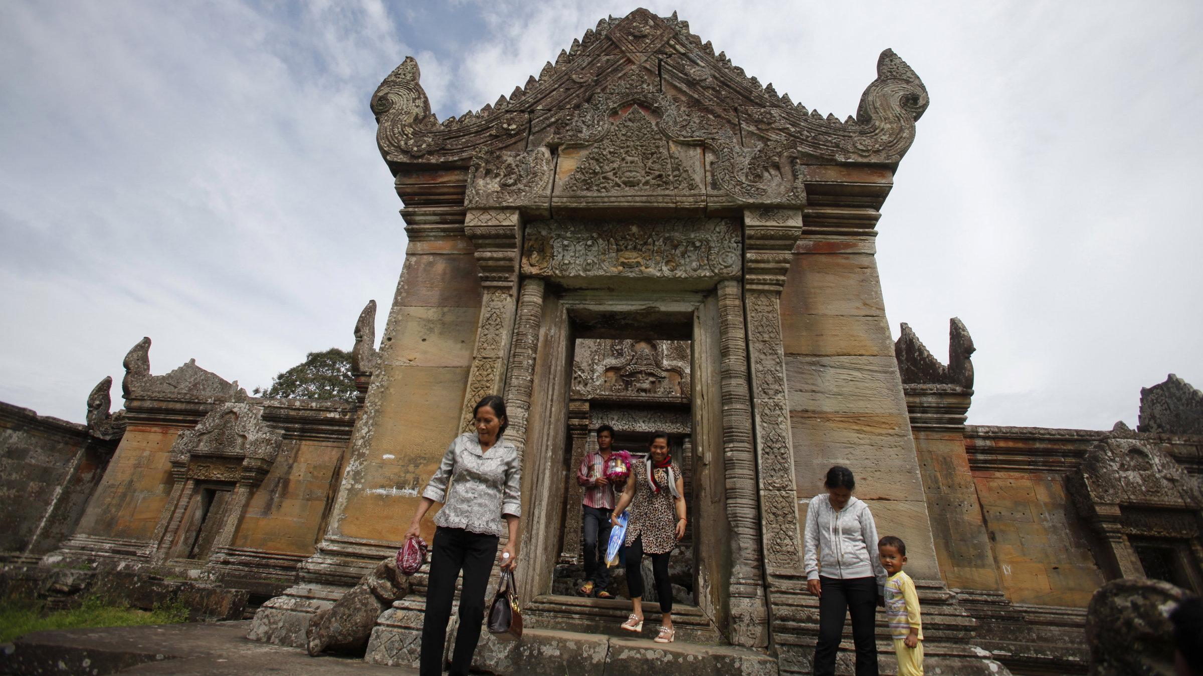 Visitors at Preah Vihear