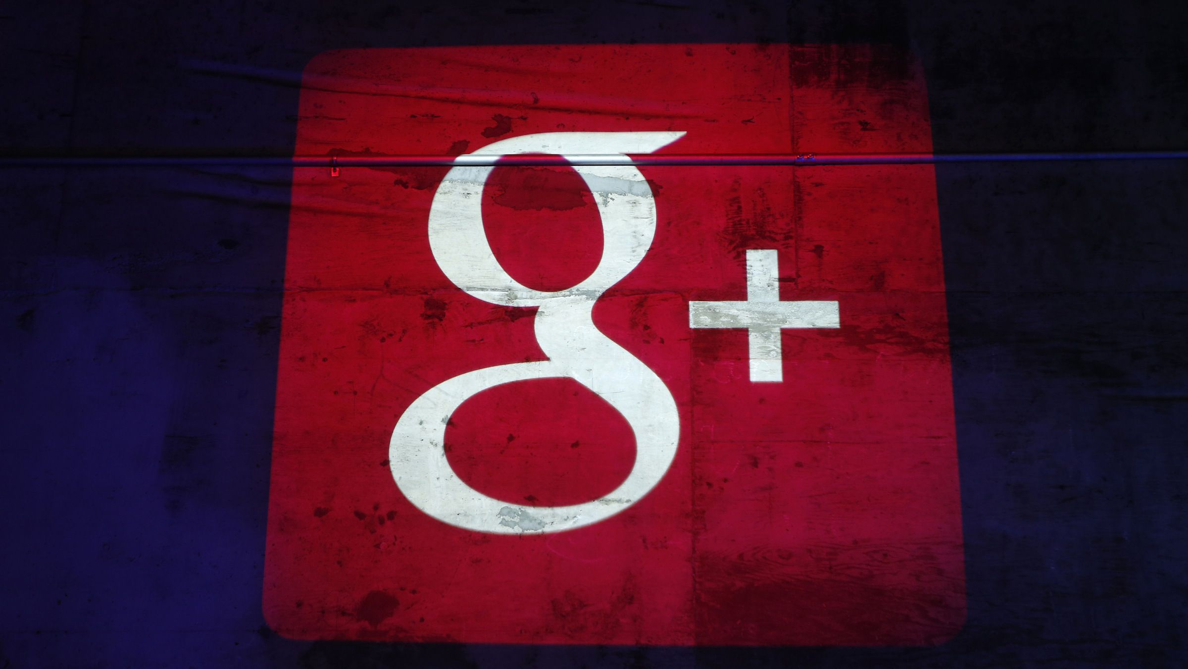 The Google Plus logo is projected on to the wall during a Google event in San Francisco, California, October 29, 2013. REUTERS/Beck Diefenbach (UNITED STATES - Tags: BUSINESS SCIENCE TECHNOLOGY LOGO) - RTX14SWJ