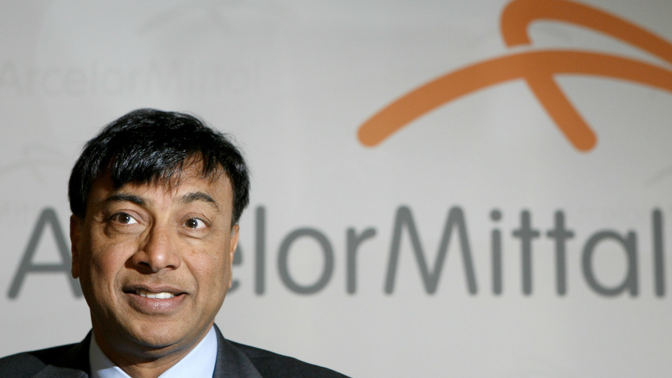 Chairman and Chief Executive Officer Lakshmi Mittal presents the year 2007 results of Arcelor Mittal steel group during a news conference in Luxembourg February 13, 2008. ArcelorMittal, the world's largest steelmaker, reported 2007 results in line with expectations on Wednesday.