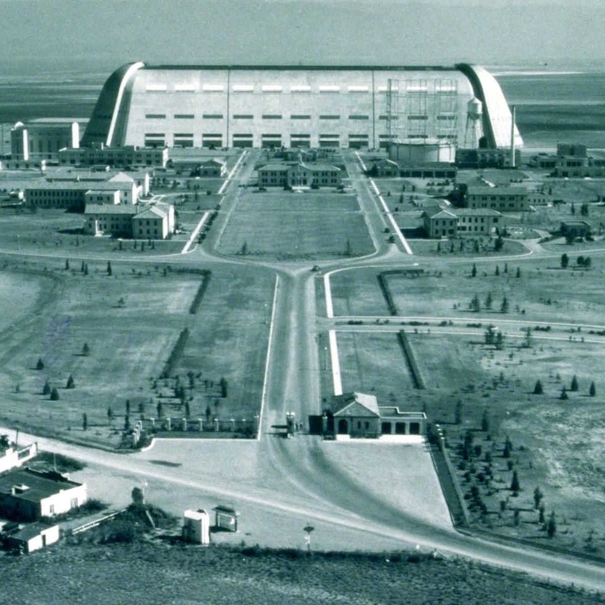 Hangar-One-1943-021214