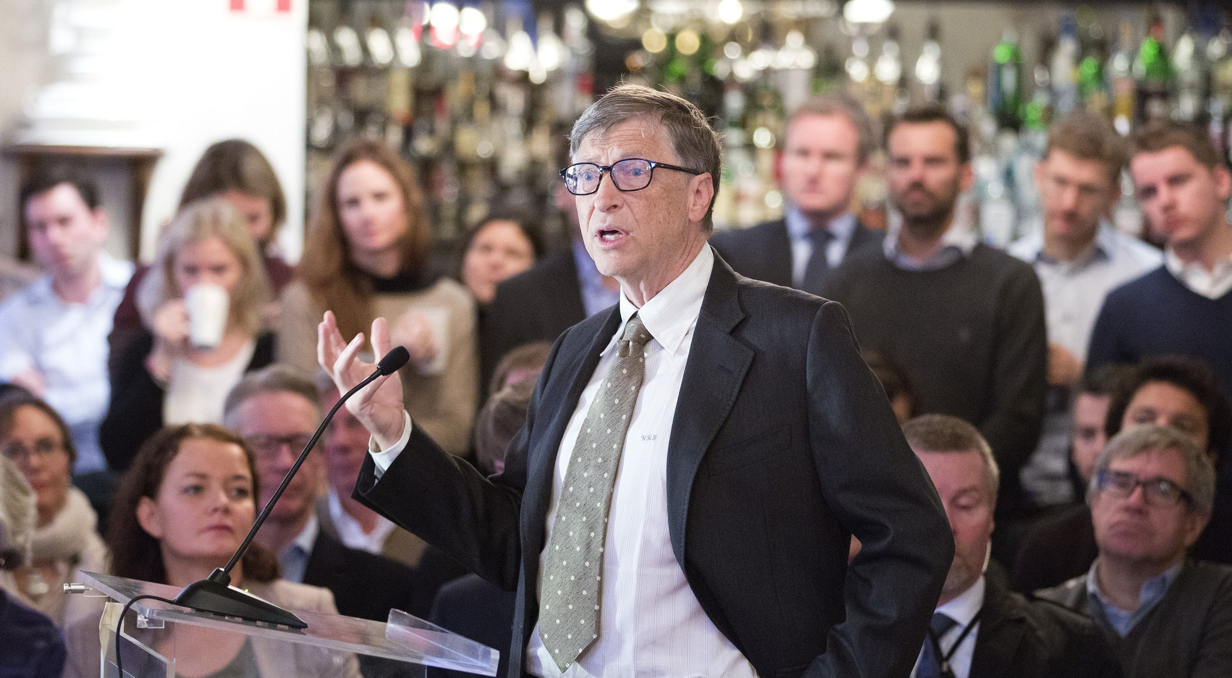 Microsoft co-founder and philanthropist Bill Gates speaks at a breakfast meeting hosted by Civita, a liberal think tank, in Oslo November 15, 2013. Gates called on Norway's $800 billion oil fund, one of the biggest investors in the world, to spend more in the poorest countries where little private money reaches. REUTERS/Gorm Kallesrad/NTB Scanpix (NORWAY - Tags: BUSINESS) ATTENTION EDITORS - THIS IMAGE WAS PROVIDED BY A THIRD PARTY. THIS PICTURE IS DISTRIBUTED EXACTLY AS RECEIVED BY REUTERS, AS A SERVICE TO CLIENTS. NORWAY OUT. NO COMMERCIAL OR EDITORIAL SALES IN NORWAY. NO COMMERCIAL SALES - RTX15ENJ