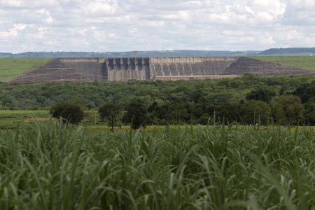 A view of the Itumbiara hydroelectric dam with the floodgates closed as the dam runs at only 9 percent of capacity due to low water levels, according to the dam's operator, in the city of Itumbiara on the border between the states of Goias and Minas Gerais in Central Brazil, January 9, 2013. One of the worst droughts in Brazil's history is depriving many dams of the water they need to generate electricity, but Brazil looks less vulnerable today to an energy crisis similar to one in 2001, since the government built dozens of thermoelectric power plants to reduce the country's dependence on hydro power from 88 percent to about 75 percent.