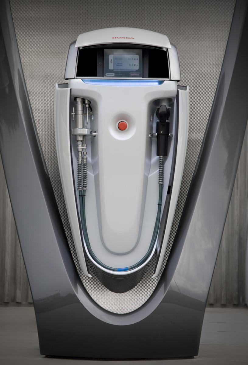 why hydrogen powered cars will drive elon musk crazy quartz. Black Bedroom Furniture Sets. Home Design Ideas