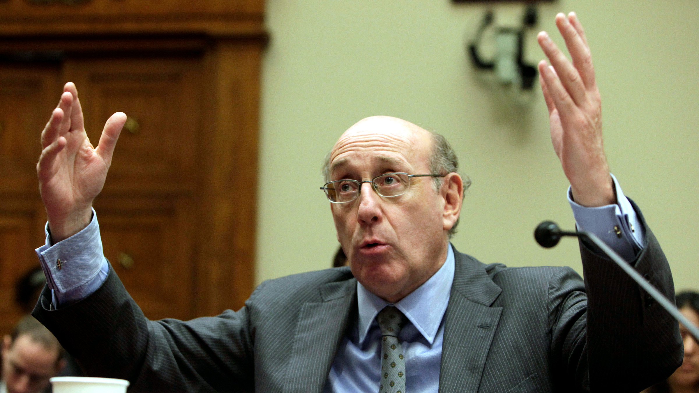 "Kenneth Feinberg, administrator of the BP Deepwater Horizon Disaster Victim Compensation Fund, testifies before the House Commerce, Trade, and Consumer Protection Subcommittee hearing on ""The BP Oil Spill And Gulf Coast Tourism"" on Capitol Hill in Washington July 27, 2010. BP launched a plan to repair its battered image in the United States Tuesday, ditching its gaffe-prone chief executive and promising to slim down by trebling an asset sale target to $30 billion."