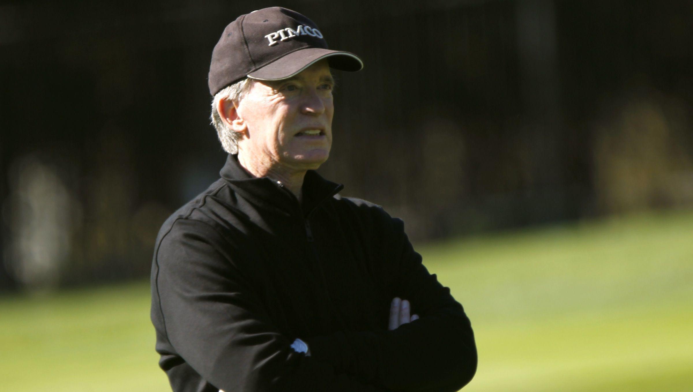 Bill Gross playing golf