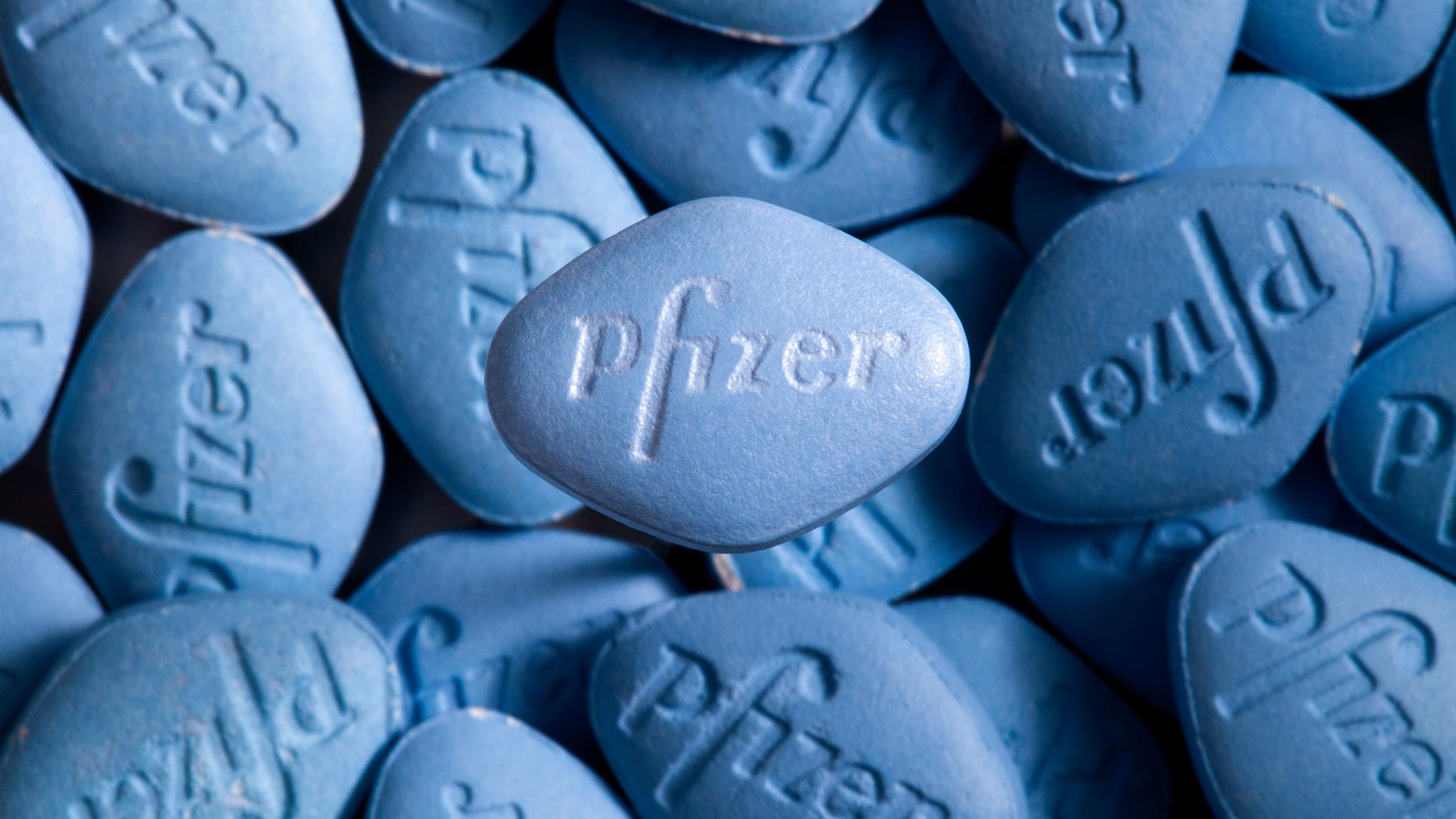 Tax On Bonus Uk >> Pfizer's $100 billion deal shows pharma patents' perverse ...
