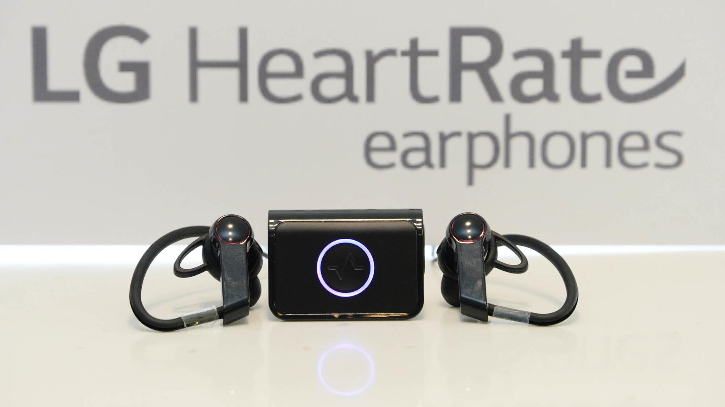 LG_Heart_Rate_Earphones