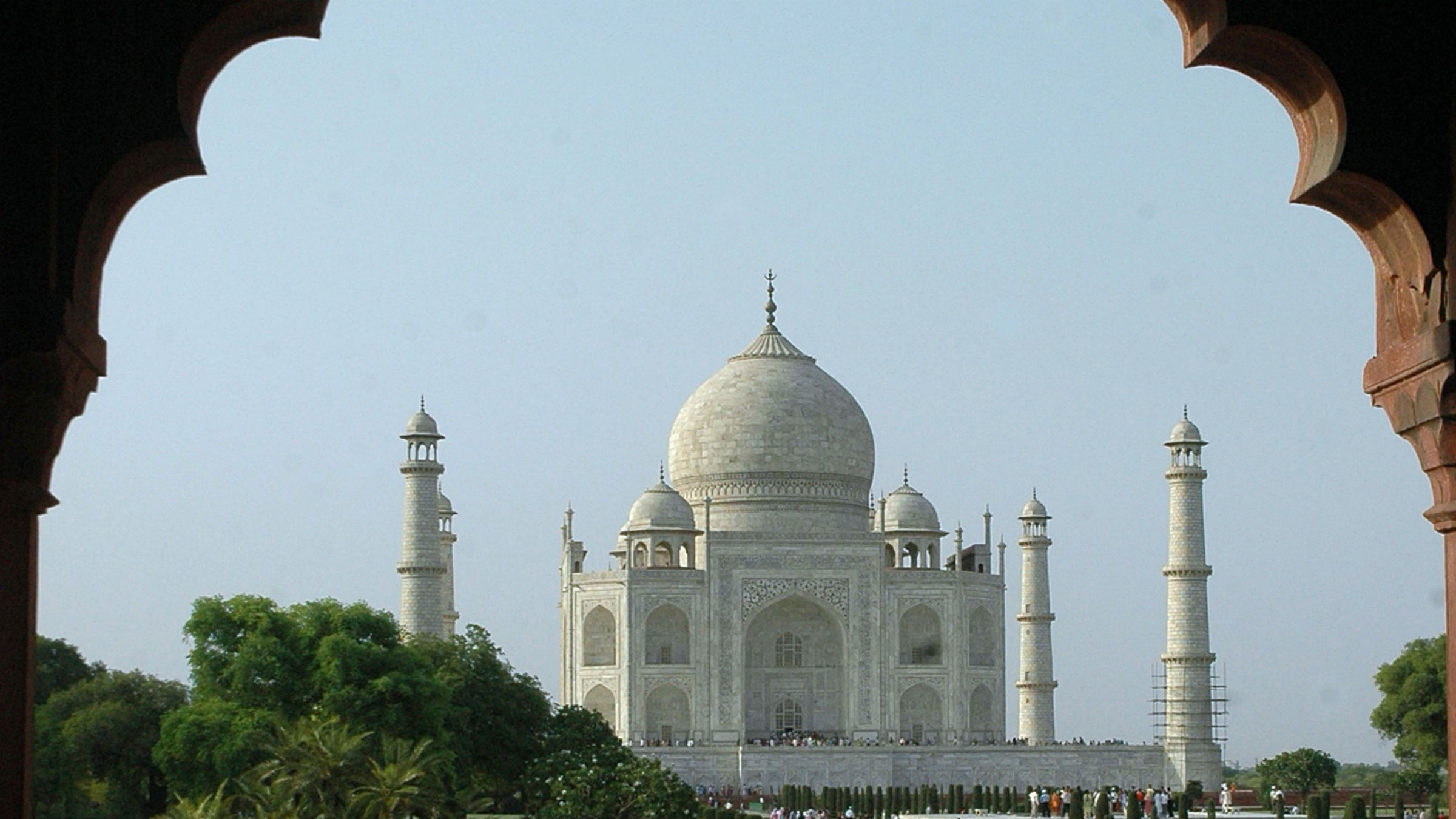 All it needs is a sari-clad woman.