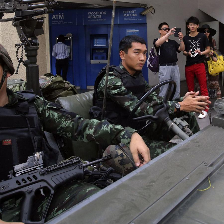 """What """"martial law"""" in Thailand really means—censorship, selfies, and"""