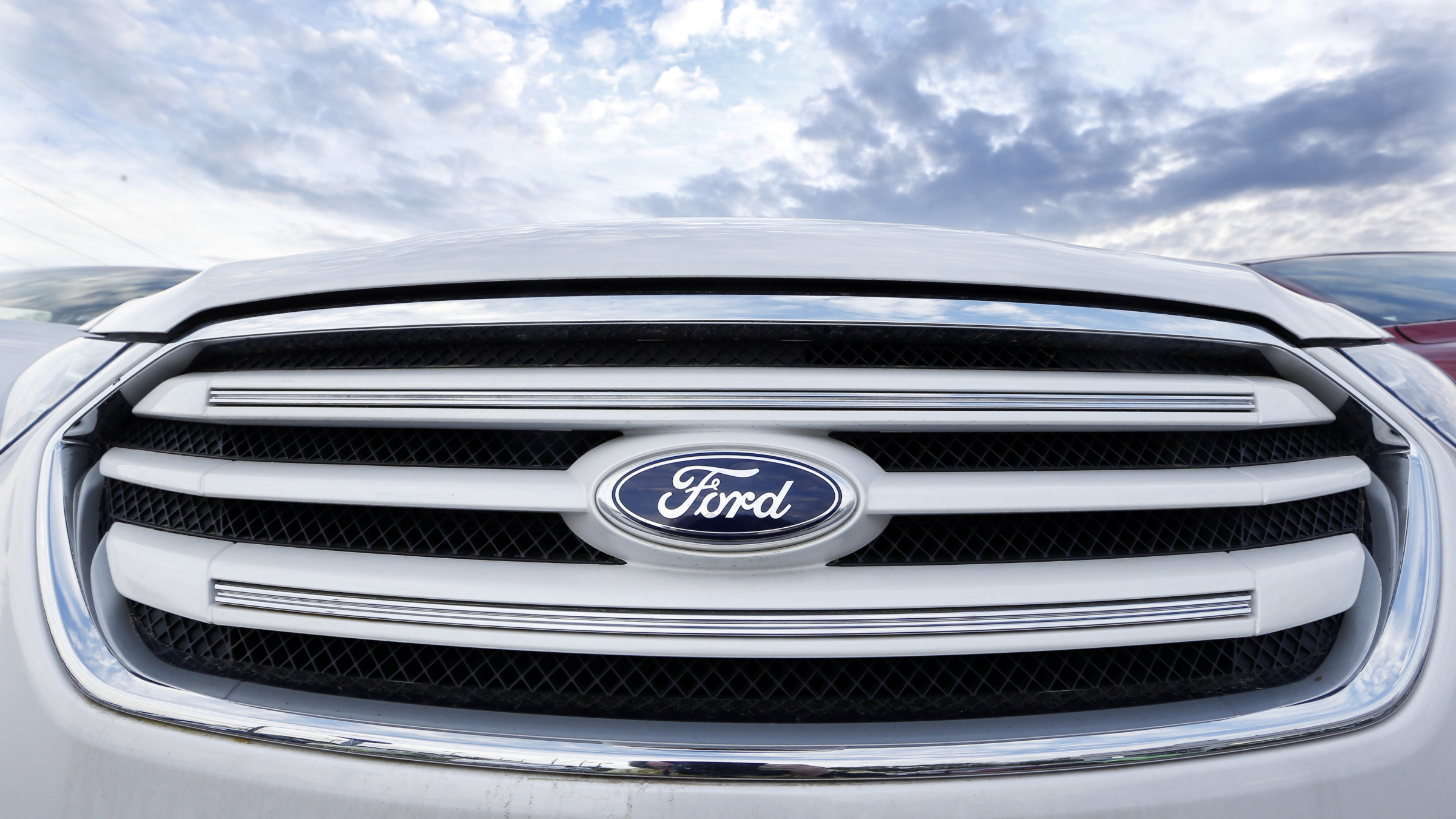 Car-Leasing-Auto-Sales-Ford