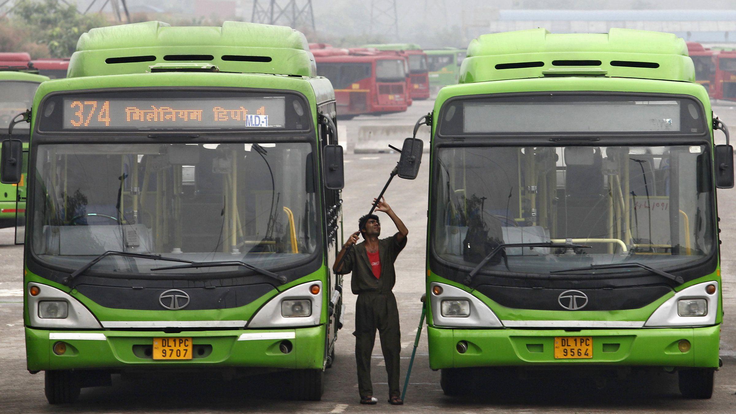 India-Delhi-Bus