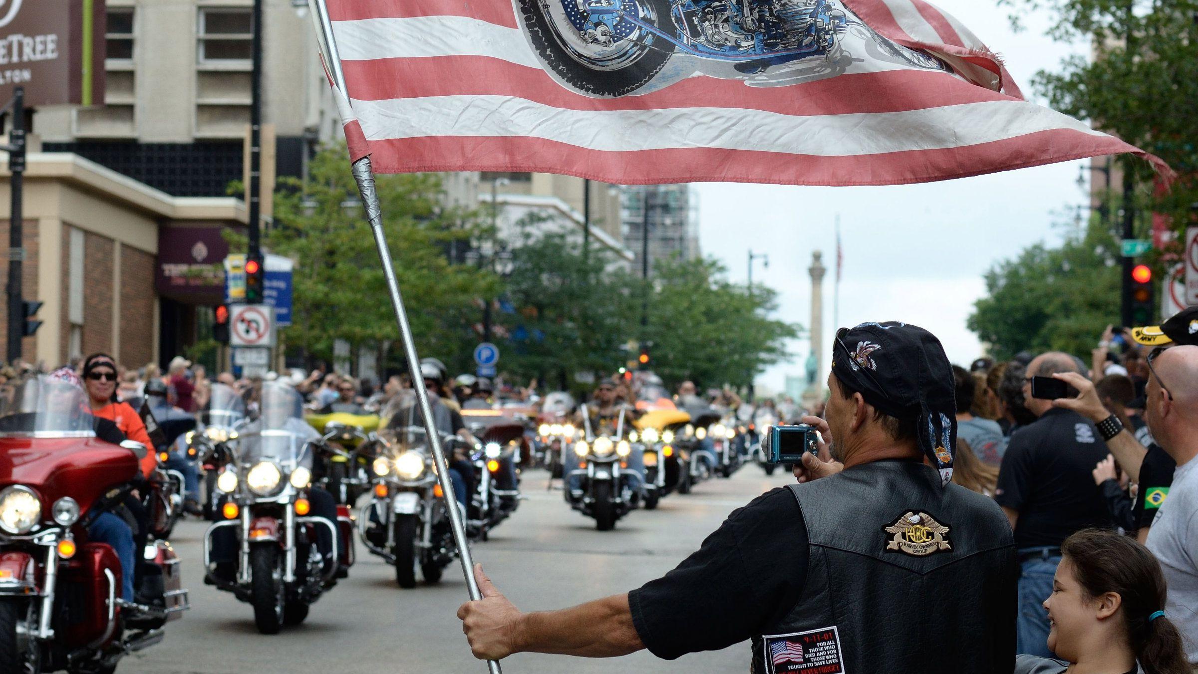 Harley DAvidson Motor Company white boomers