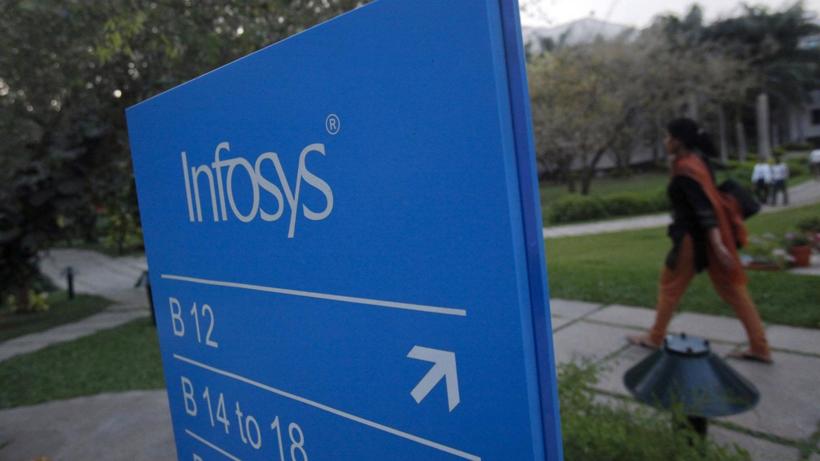 The search is not over: 13 senior executives left Infosys in the