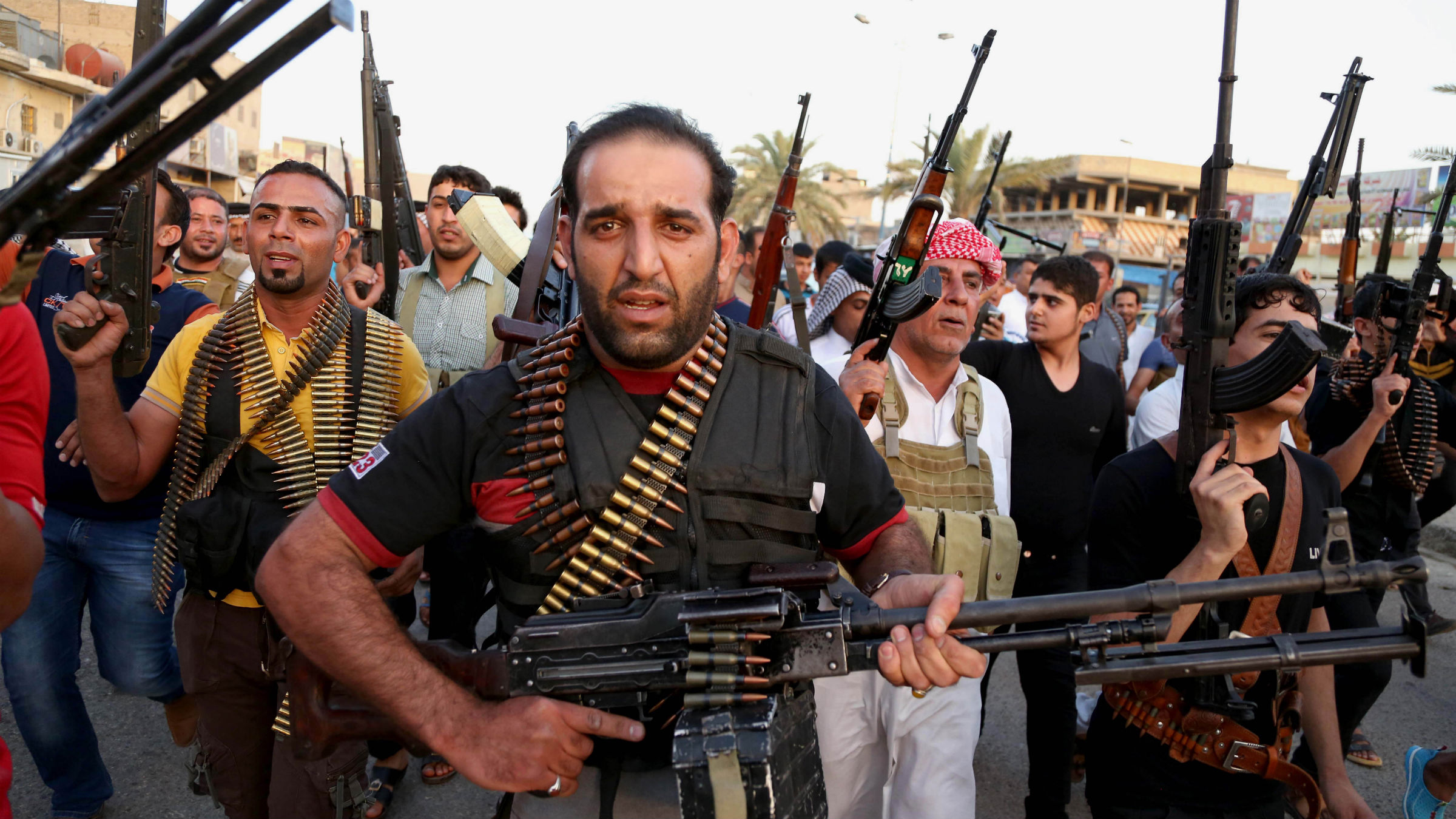 Armed protesters in Iraq
