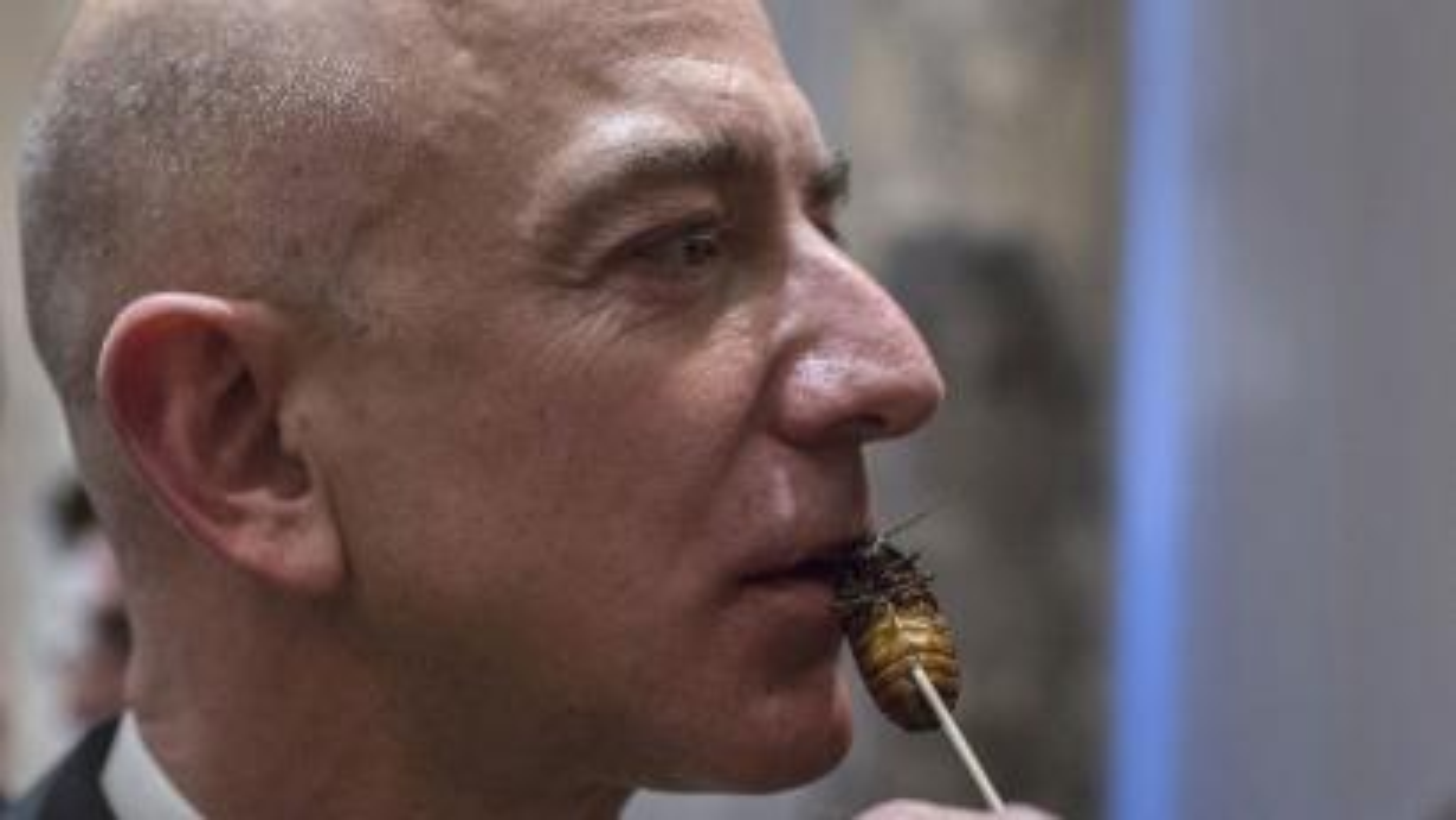 jeff-bezos-cockroach