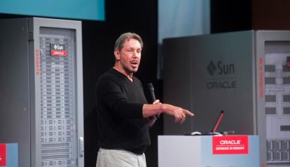 """Oracle Corp Chief Executive Larry Ellison introduces the Oracle Database In-Memory during a launch event at the company's headquarters in Redwood Shores, California June 10, 2014. Ellison on Tuesday launched the """"in-memory"""" technology for speeding up data analysis in a bid to beef up demand for his company's software products. The in-memory features, which Oracle has been talking about for months, allow for faster database queries and transactions as companies collect, store and analyze growing amounts of information across the Internet."""