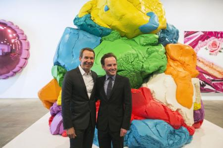 Koons scuplture Play-Doh