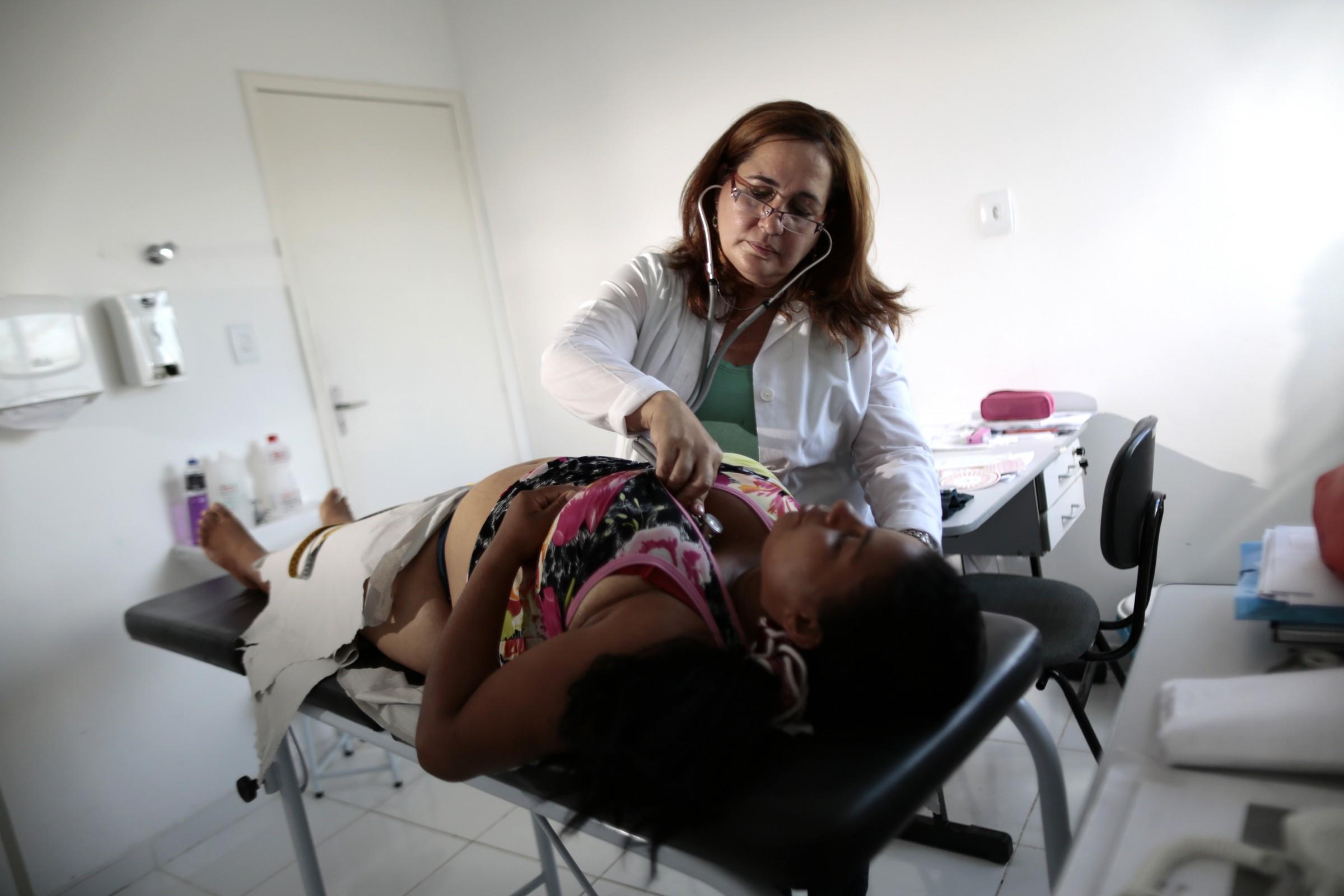 Cuban doctor Elza Vega treats a pregnant patient in Bahia, Brazil
