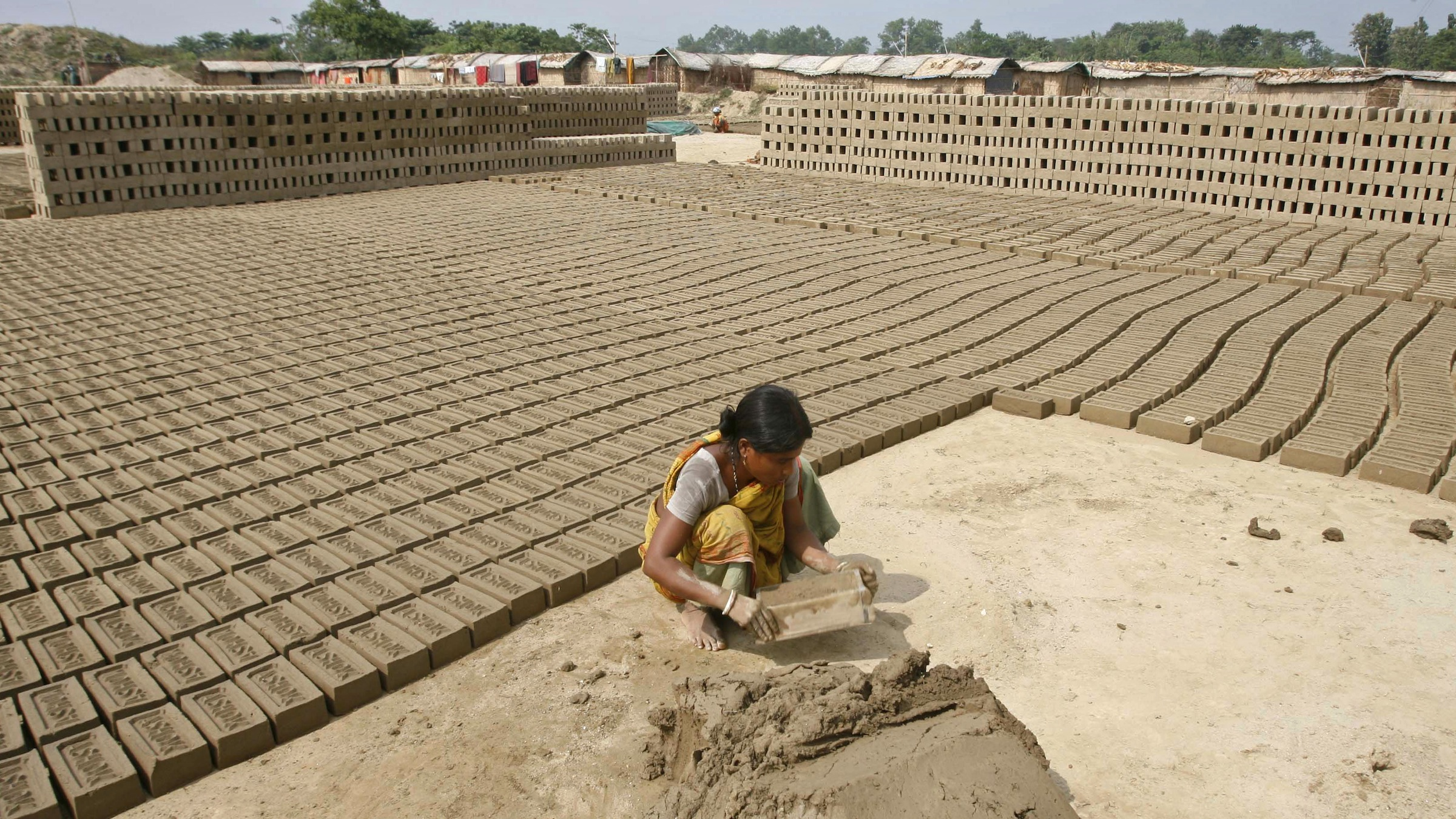 More women in Indian rural areas are joining the workforce.