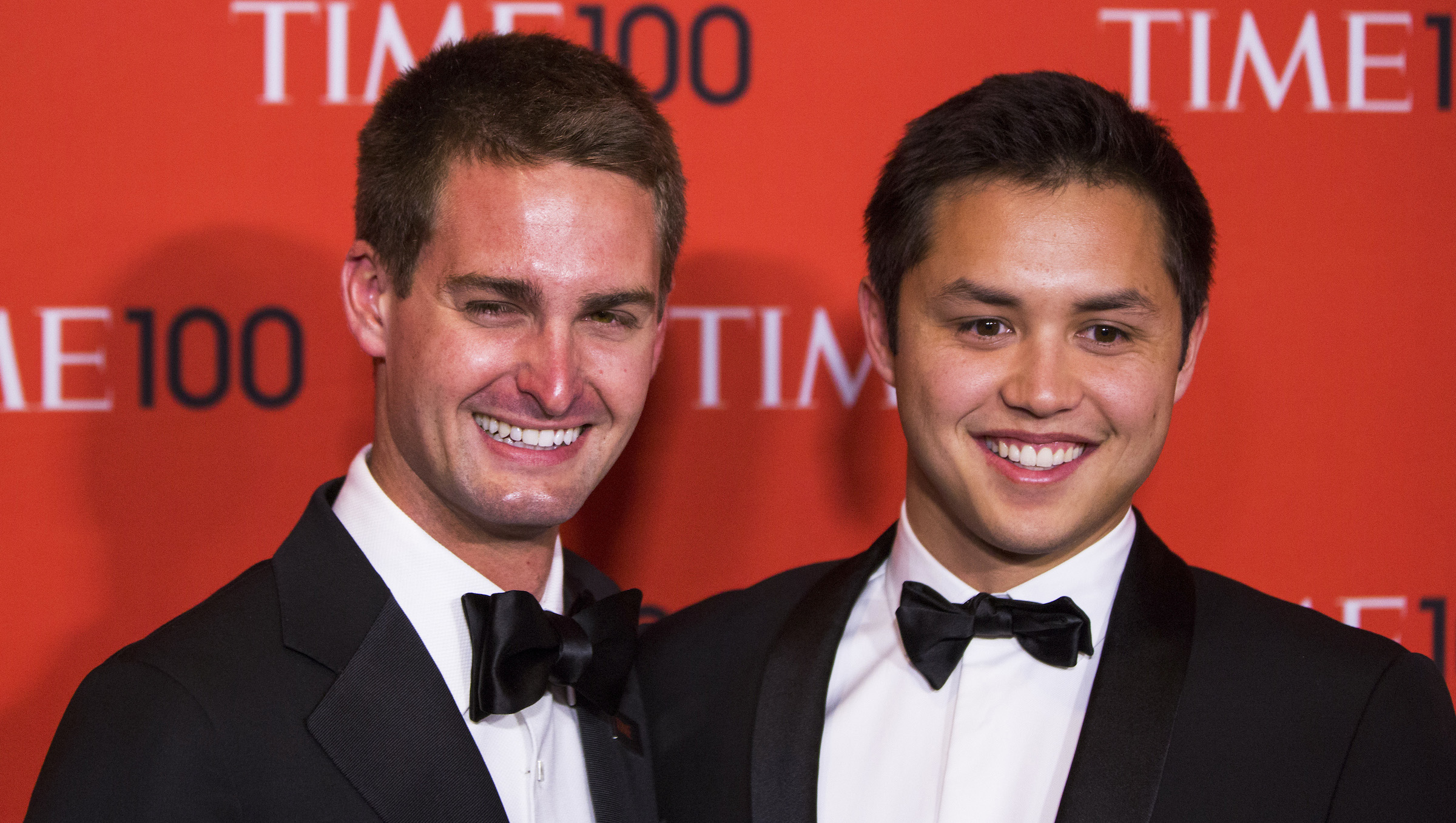 Honorees and Founders of Snapchat Evan Spiegel (L) and Bobby Murphy arrive at the Time 100 gala celebrating the magazine's naming of the 100 most influential people in the world for the past year, in New York April 29, 2014. REUTERS/Lucas Jackson (UNITED STATES - Tags: ENTERTAINMENT SCIENCE TECHNOLOGY BUSINESS) - RTR3N644